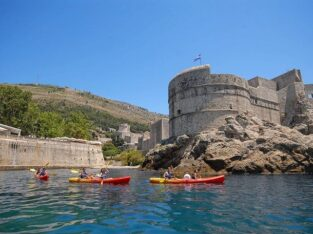 Sea Kayaking and Snorkeling Tour